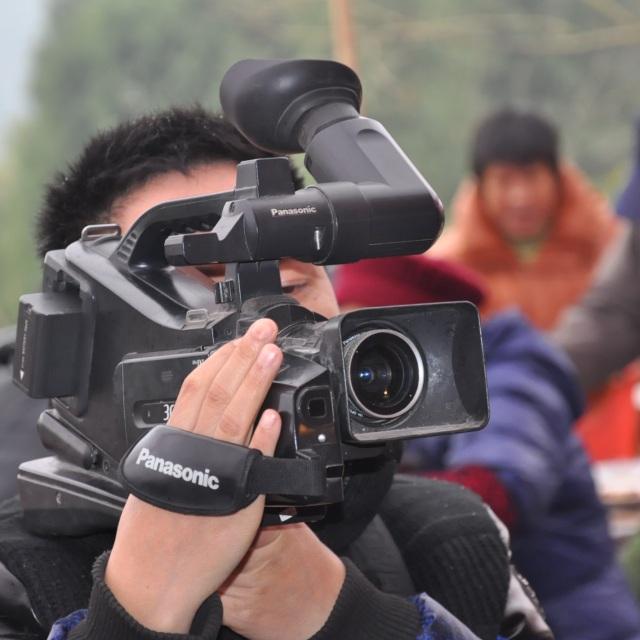 高级摄像师蓝辉